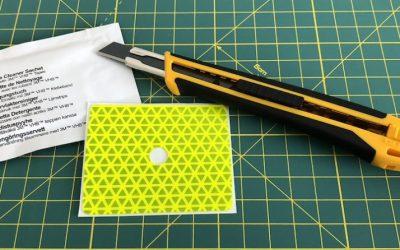 Príprava nálepky a povrchu pred aplikáciou